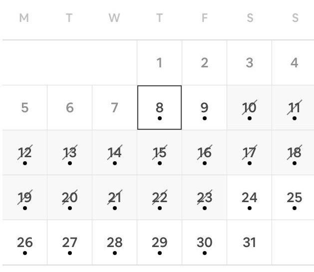 Airbnb calendar black dots