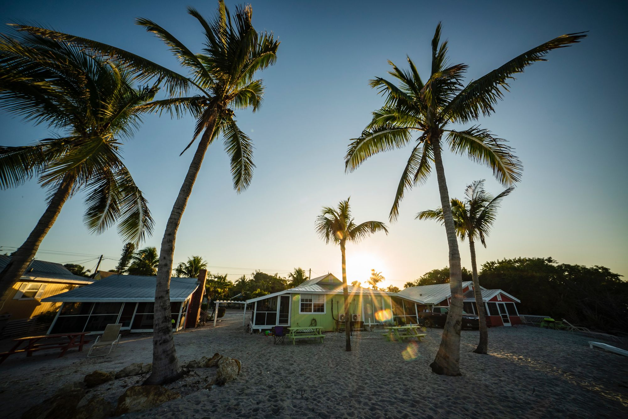 Places to stay on beachfront in Sanibel Florida